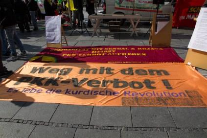 Kurden-und-Tuerken-in-München-01