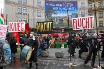 Demonstration_gegen_Muenchner_Sicherheitskonferenz_siko_05