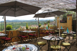 Terrasse du Restaurant Le Relais de Preixan