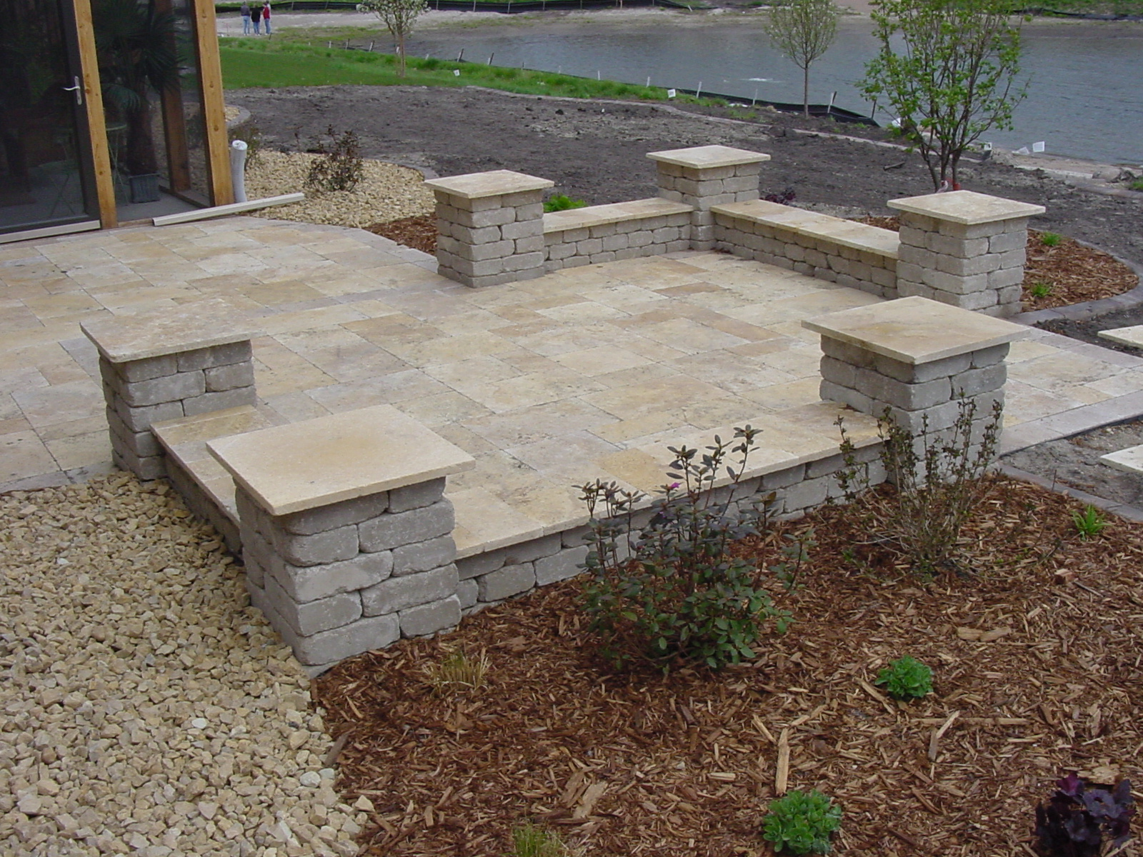 LandScape Simple: Landscaping rock walls patios on Rock Patio Designs  id=95189