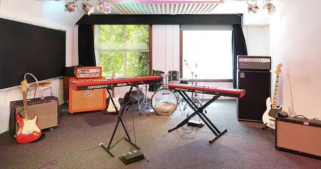 Rehearshal studio space in london - 2nd floor studio