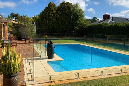 Pool fencing – CHURCHLANDS
