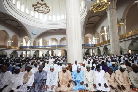 Nigeria Muslims pray to mark end of Ramadan