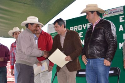 En-Ixtlahuaca-se-apoya-a-la-agricultura