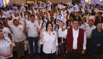 Estuardo Galdámez y Betty Marroquín formaron el binomio presidencial  de FCN-Nación (Foto Prensa Libre: Hemeroteca PL)