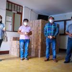 Alcalde de Santiago de cao dona su sueldo para comprar equipos de protección personal