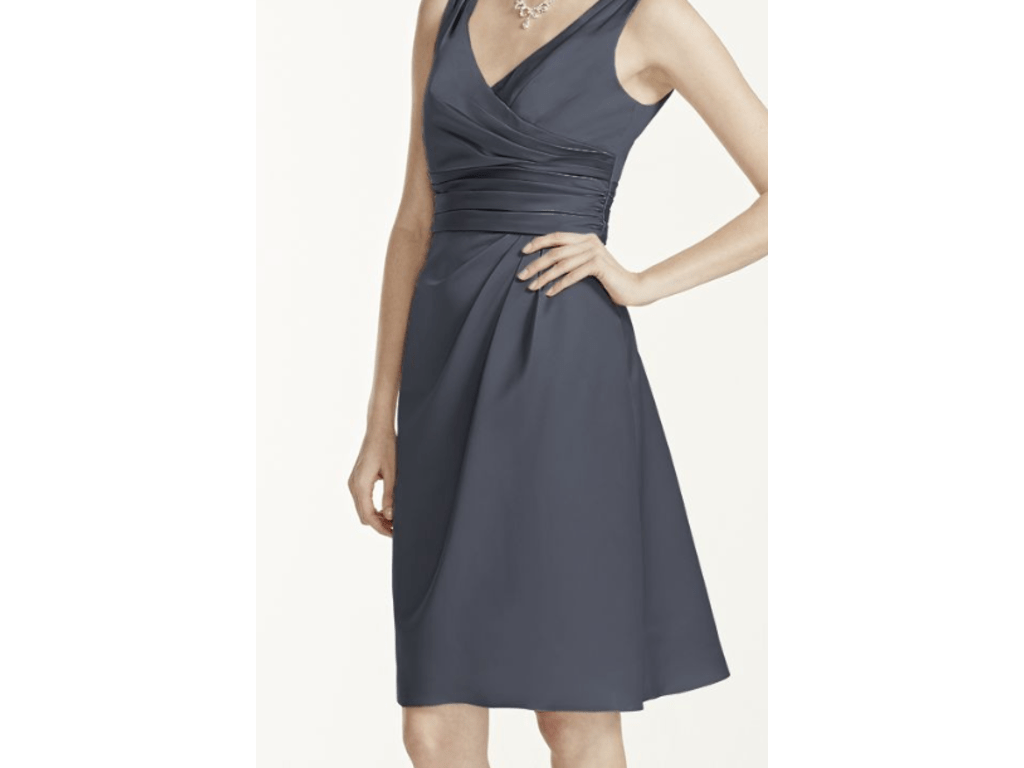 Hermosa David Bridal Cocktail Dresses Embellecimiento   Ideas de     David  s Bridal Short Sleeveless Satin Dress Ruched Waist F14823