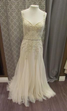 Maggie Sottero Andraea 650 Size 10 Sample Wedding Dresses