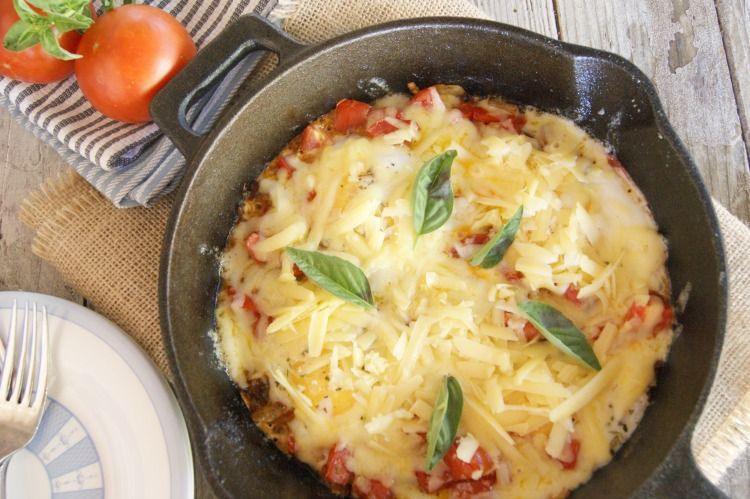 Pizza Eggs - a comforting pizza dish that can be served as breakfast. #paleo #GAPS #whole30