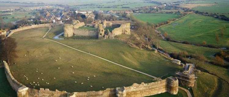 pevensey-castle