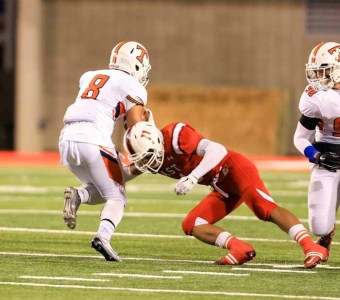 Helaman Suesue had a big night defensively for East. (Photo by Kevin McInnis)