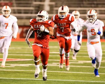 East running back Jaylen Warren breaks free on one of his long runs. (Photo by Kevin McInnis)