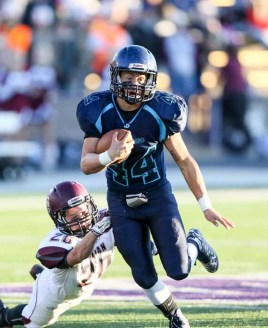 Kaden Hayward's running led Juan Diego to the 3A state title. (Photo by Kevin McInnis)