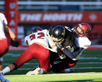 Tomasi Tonga and the Herriman defense was outstanding once again. (Photo by Kevin McInnis)
