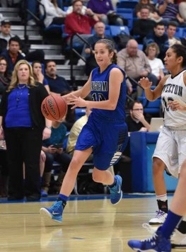 Bingham point guard Madison Loftus handles the ball during the 2015 state tournament. (Photo by Dave Argyle, dbaphotography.com)