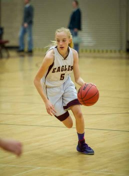 Freshman Maddy Eaton plays sophomore and JV basketball at Maple Mountain. (Photo by Jeff Porcaro, maplemountainsports.com)