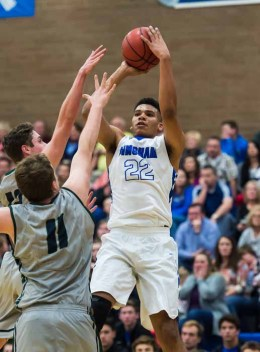 Yoeli Childs is a dominant force for Bingham. (Photo by Dave Argyle, dbaphotography.com)