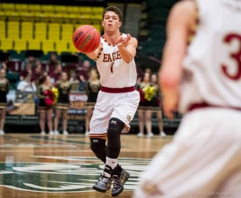 Jaren Hall's ability to distribute the ball was also a factor on the basketball court for Maple Mountain. (Photo by Jeff Porcaro, MapleMountainSports.com)