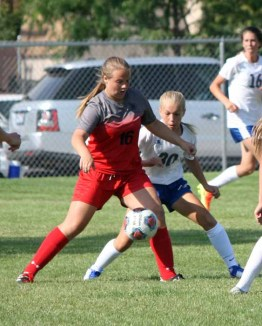 Lizzy Porter had two goals for Alta. (Photo by Kurt Johnson)