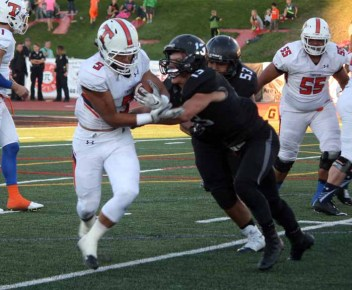 MItch Medina and the Alta defense pitched a second-half shutout against Timpview. (Photo by Kurt Johnson)