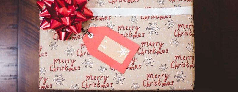 cum-alegi-cadourile-corporate-de-craciun-pentru-clienti-si-angajati