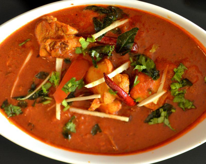 Kozhi Varutha Curry