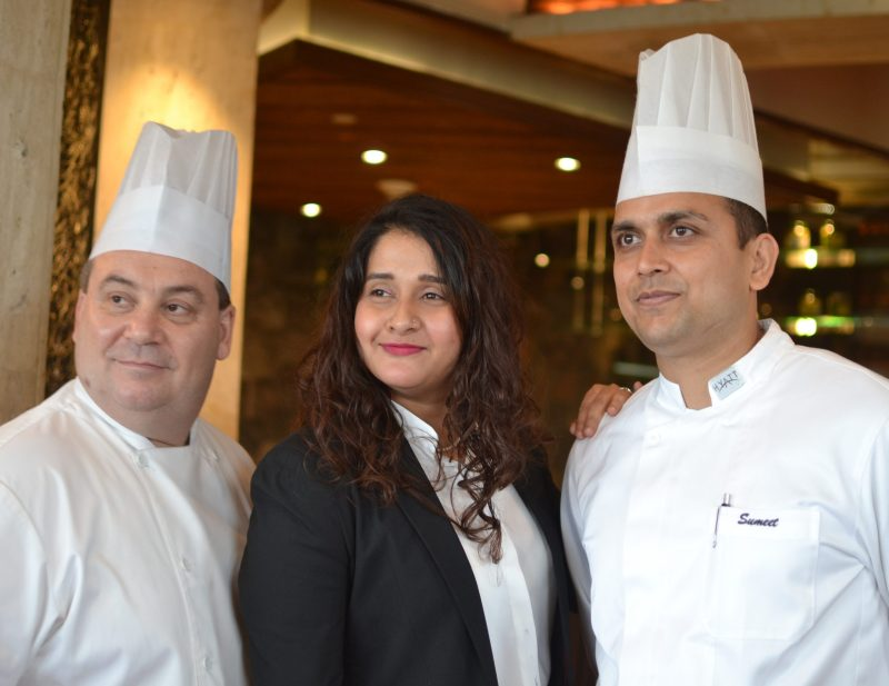 Chef Mauro Ferrari (L), Hina (C), Chef Sumeet Priyadarshi (R) of Hyatt Regency Kolkata