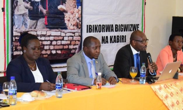 Café de presse: le Burundi est-il en crise politique?