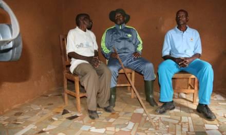 Son Excellence Pierre Nkurunziza reconnaissant des bienfaits des familles de la Zone Nyambuye