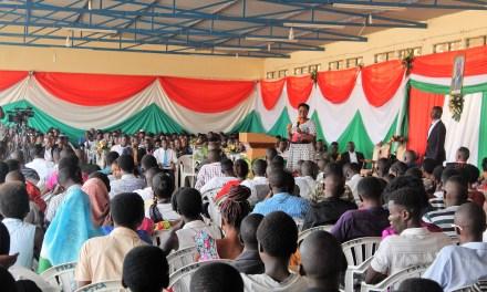 La Première Dame Denise Nkurunziza a rencontré les jeunes de la commune Muha en vacances