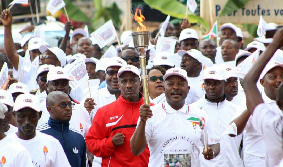 Son Excellence Pierre Nkurunziza lance le Flambeau de la paix