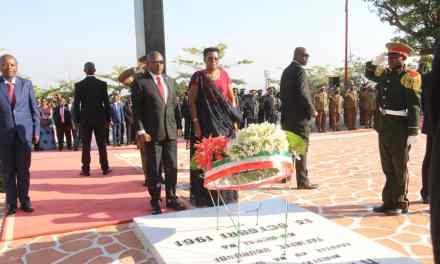 Le Couple présidentiel rend hommage au Héros de l'Indépendance du Burundi