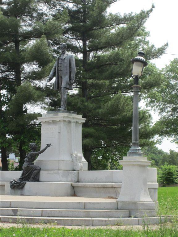Abraham Lincoln Statue Cincinnati Ohio