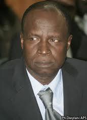 Forum Civil-Rapport: Ce document qui est resté à travers la gorge de Kalidou Diallo