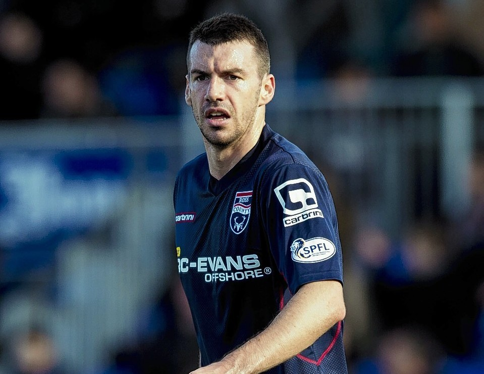Aberdeen close in on deal for Staggies defender Paul Quinn