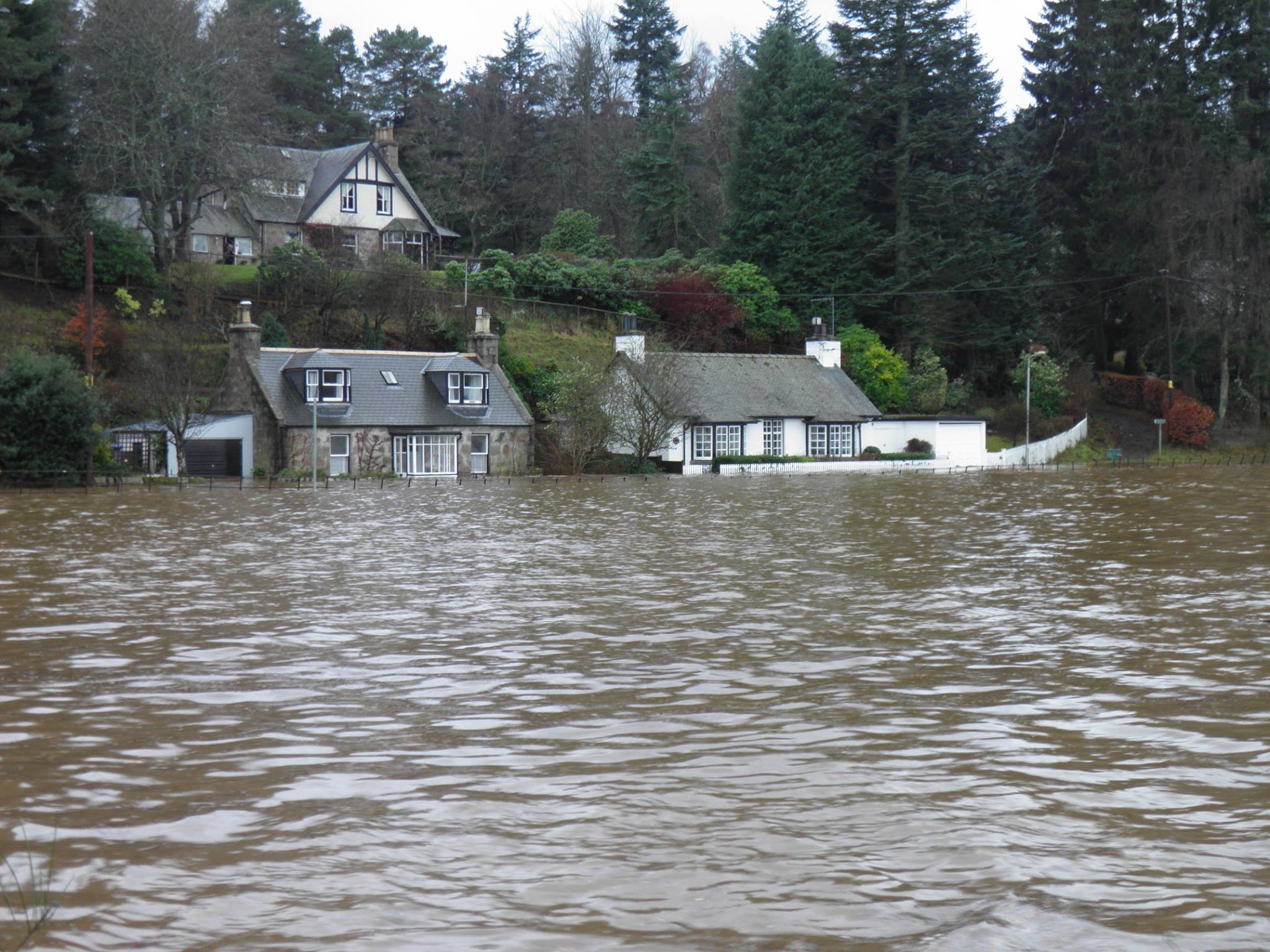 PICTURES Flooding In Aboyne Yesterday Press And Journal