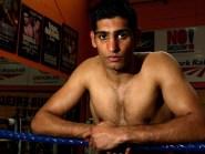 Amir Khan challenges WBC middleweight champion Saul Alvarez on Saturday