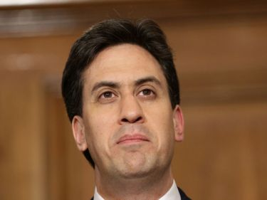 Ed Miliband warned the Eu referendum would be lost if young people do not exercise their vote