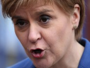 """Nicola Sturgeon she would not """"stand and be the only barrier"""" to a re-run of the vote after June 23"""