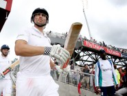 Alastair Cook (right) opted for England to bat again