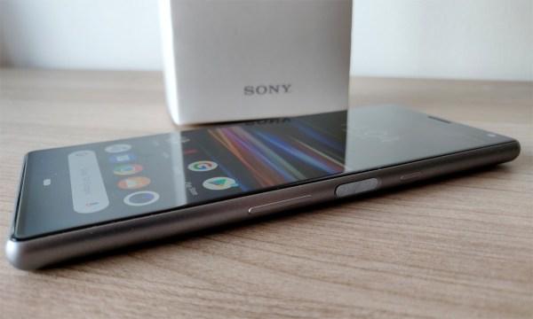Test Sony Xperia 10 : avec un grand écran 21:9... et c'est ...