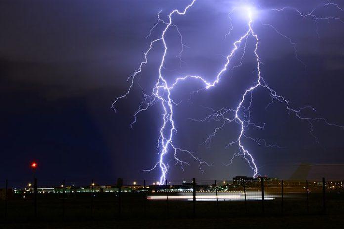 Gewitter - So verhält man sich richtig bei Blitz und Donner