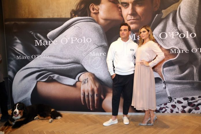 #MOPxRobbie, Bild, Lifestyle, Robbie Williams, Mode, Celebrities, Ayda Williams, Handel, Panorama, Fashion / Beauty, #MOP50, Sweatshirt, People, München