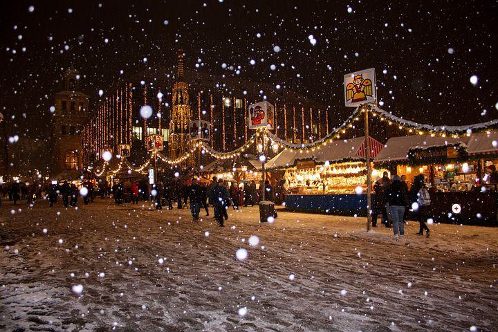 Freizeit, Tourismus, Gastgewerbe, Tourismus / Urlaub, Weihnachtsmarkt, Europa, Panorama, Weihnachten, Berlin