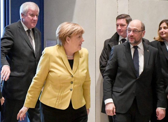 News,Politik, Angela Merke,Horst Seehofer ,Martin Schulz ,Berlin