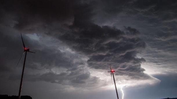 Nachrichten, Panorama, Katastrophen und Unglücke, Naturkatastrophen, Gewitter, Schwarzwald, Deutschland, Überschwemmungen, Wetter (Hessen)