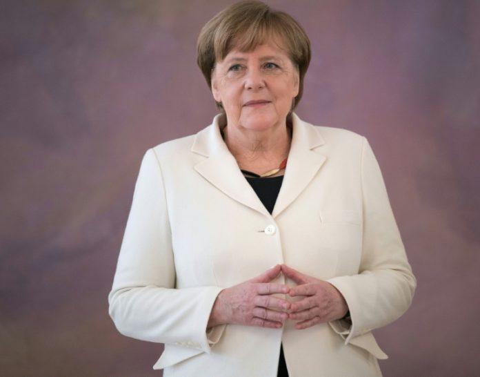 Polen,Politik,News,Angela Merkel,CDU,Mateusz Morawiecki , Warschau,Ausland