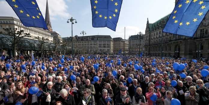 Pulse of Europe, Auszeichnung, Verlag, Bürger des Jahres, Medien / Kultur, Verbände, Wolfgang Schäuble, Bürgerpreis der deutschen Zeitungen, Europa, Politik, Berlin