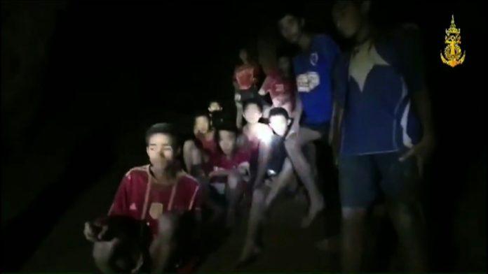 Jungen in thailändischer Höhle,Video,Nachrichten,Thailand ,Militäreinheit Thai Navy Seal,Fußballmannschaft
