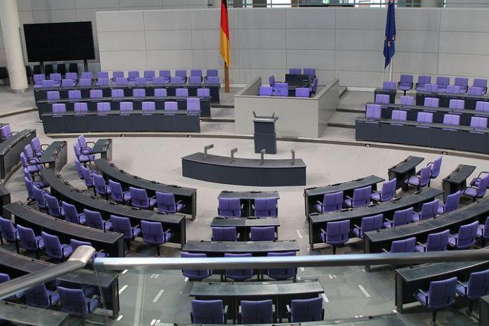 Volksparteien,Bundestag,paritätische Kassenbeiträge,Krankenkassen,Gesundheit,Finanzen,Politik,Berlin